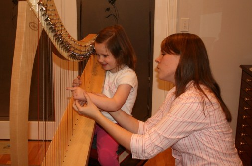 2008abbys-first-harp-lesson-027.jpg